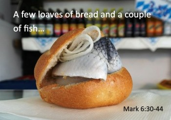 Loaves and fishes en.